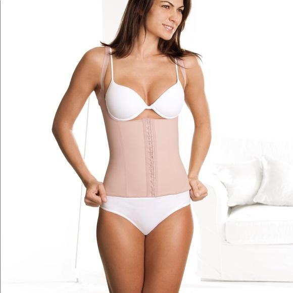 61b50ed8e0a DivaFit Intimates   Sleepwear